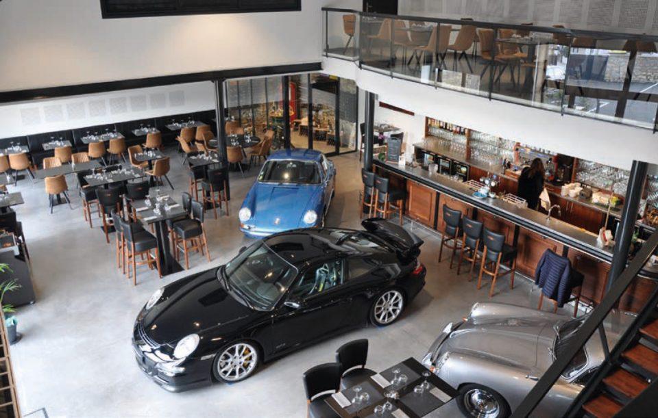 Restaurant et expo de voiture, il fallait oser ! ©A. Thiriet
