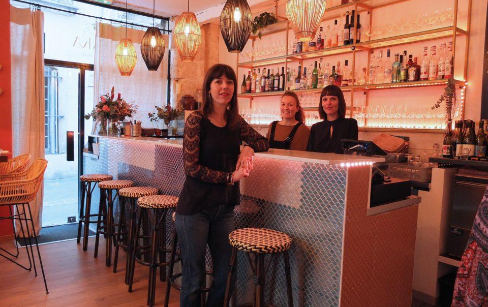 3 jeunes femmes sont à l'origine de ce concept de bar atypique. Photos © D. Radux