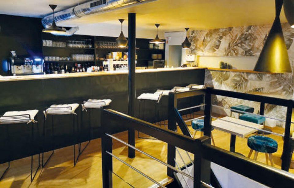 La pièce du haut fait à la fois office de bar et de restaurant. DR/Le Hoop
